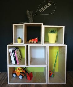 Make Your Own Modular Storage. Inspired by simple modular Nordic designs this series of boxes could be used as a modern shelving/storage unit. (via Curate This Space) Modular Shelving, Modular Storage, Modern Shelving, College Dorm Crafts, College Dorm Decorations, Diy Crafts For Kids Easy, Easy Diy Projects, Dorm Room Setup, Plywood Storage