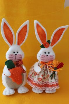 1 million+ Stunning Free Images to Use Anywhere Bunny Crafts, Felt Crafts, Easter Crafts, Holiday Crafts, Diy Crafts, Holiday Decor, Bowling Pin Crafts, Doll Face Paint, Farm Fun