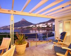 Sunset on the deck of Beta Villa with a view of Lions Head