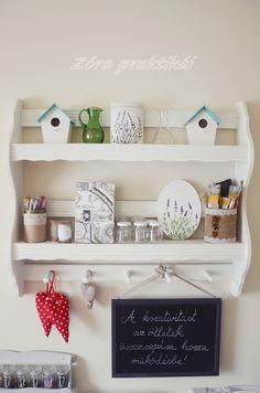 Zóra praktikái blog Vintage Kitchen, Shelves, Room, Home Decor, Bedroom, Shelving, Decoration Home, Room Decor, Shelving Units