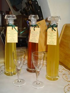 λικεράκια φτιαγμένα με μεράκι ...... @pezoula_paros Liqueur, Wine, Drinks, Bottle, Beverages, Flask, Drink, Jars, Beverage