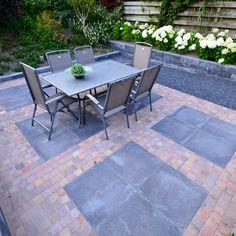 Ideas For Garden Design Decking Garage Home And Garden, Outdoor Decor, Garden Design, Small Gardens, Patio Design, Outdoor Tables, Front Patio, Pergola Garage Door, Rustic Front Door Decor
