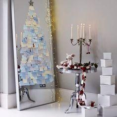 Christmas Decor | Gli alberi di Natale in versione creativa: un idea originale creata con i post-it su uno specchio!