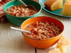 Recipe of the Day: The Pioneer Woman's Campfire Beans Simmer dried pinto beans until fork tender with a ham hock, bell peppers and a hit of chili powder for a stew-like, smoky dish that can be taken as a complete meal, as a cookout side or spooned over nachos, tacos and more.