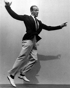 Fred Astaire - extraordinary man - defined class and elegance