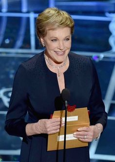 Julie Andrews Makes a Surprise Appearance at the Oscars for 'The Sound of Music' Tribute