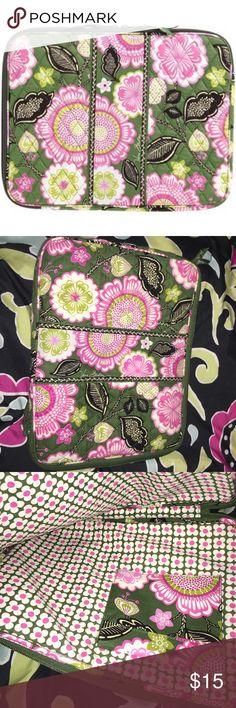 Vera Bradley tech case 14 x 13.75 x 1 gently used. Smoke free home Vera Bradley Accessories Laptop Cases