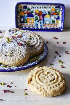 Georgina Ingham | Culinary Travels Photograph Intricately Decorated Arabic Maamul Cookies Easy Desserts, Delicious Desserts, Dessert Recipes, Yummy Food, Dessert Ideas, Dinner Recipes, Best Cookie Recipes, Vegan Recipes Easy, Chocolate Desserts