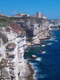 Corsica, France: Bonifacio #travel http://www.louer-villa-corse.com https://www.facebook.com/louer.villa.corse  http://www.louer-bateau-corse.com https://www.facebook.com/pages/Location-de-Bateaux-en-Corse-louer-bateau-corse #Corsica #corsicarentals #vacancescorse