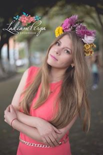 Flower crown by Ladiane Perga