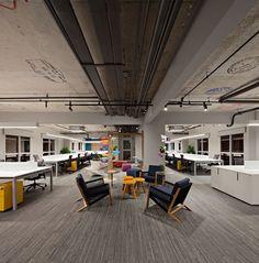 Galeria de Traveland / DM/AM Arquitetura - 1