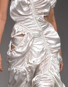 haute couture fashion Archives - Best Fashion Tips Runway Fashion, High Fashion, Fashion Show, Womens Fashion, Fashion Trends, Fashion Fashion, Pinterest Trends, Couture Mode, Fashion Details