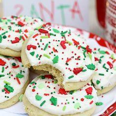 Big Soft Sugar Cookies | From SugarHero.com