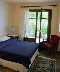 Aegean Sea Villa - Βίλες προς ενοικίαση στην/στο Magnisia Bed, Room, Furniture, Home Decor, Bedroom, Decoration Home, Stream Bed, Room Decor, Rooms
