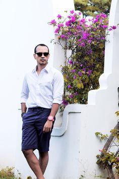 #FashionBySIMAN & VicenteCastellon: Usa tus camisas de vestir con pantaloncillos cortos en días de relax, van muy bien para la tarde fresca.