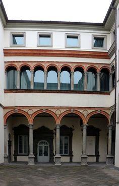 Palazzo Ratheb. 1520. Pietro Isabello. Dimora della famiglia Cassotti