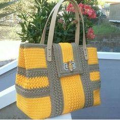 Crochet Knitting Handicraft: C Crochet Clutch, Crochet Handbags, Crochet Purses, Knit Crochet, Crotchet Bags, Knitted Bags, Tote Pattern, Beaded Bags, Handmade Bags