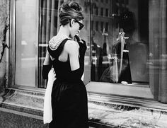 Breakfast at Tiffany's trivial fact: This was an extremely difficult scene for…