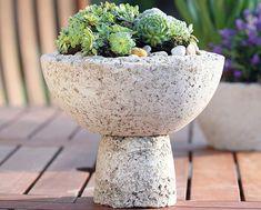 betonovy kvetinac