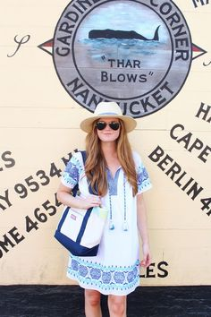 Lifestyle blogger Mollie Moore shares 12 things to while visiting Nantucket. NYC fashion, outfit inspiration, summer fashion, style bloggers & street style, fashion ideas, street style summer, street style 2017, fashion blog, style blogger, style blogger summer.