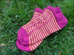 Ravelry: Runner's Socks pattern by Jennifer Beever