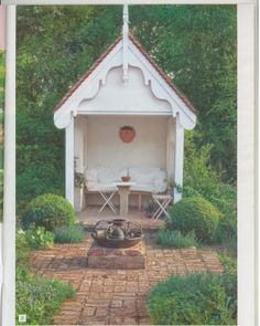 don't like the scrolly a-frame details, but i love the idea of a space like this.
