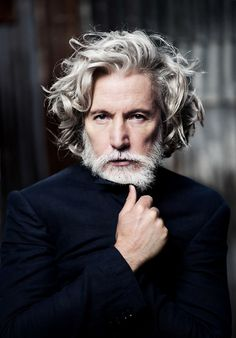 Men's Health Aiden Shaw – Larry King Different Beard Styles, Beard Styles For Men, Hair And Beard Styles, Aiden Shaw, Older Mens Long Hairstyles, Cool Hairstyles, 1940s Hairstyles, Wedding Hairstyles, Long Gray Hair