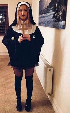 23 Easy Costumes You Can DIY With Just a Black Dress You can wear a black dress in SO many ways even on a regular day, but this year you can DIY the perfect Halloween costume without spending any money! Black Dress Halloween Costume, Black Angel Costume, Nun Costume, Cute Halloween Costumes, Bambi Costume, Funny Halloween, Halloween Makeup, Halloween Ideas, Costume Ideas