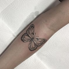 Learn more about tattoo styles and the work of Andrey Ivo - andreynk_ (Tattoo artist). Tiny Foot Tattoos, Small Chest Tattoos, Butterfly Wrist Tattoo, Butterfly Tattoo Designs, Delicate Tattoo, Dainty Tattoos, Time Tattoos, Body Art Tattoos, Piercing Tattoo