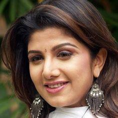 Rambha (Actress) Biography, Age, Husband, Children, Family, Caste, Wiki & More
