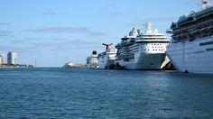 Recopilamos todos los barcos de Cruceros desde Miami en 2017. Mas de 30 barcos tienen prevista su salida desde este puerto de Florida.