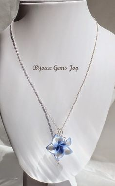 Gift from the Heart Pendant. More Ideas for Mom | Bijoux Gems Joy: In the Home Stretch for Mom