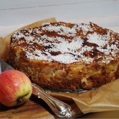 Godaste äppelkakan med mandelmassa - Victorias provkök Apple Recipes, Sweet Recipes, Cake Recipes, Sweet Cooking, Good Food, Yummy Food, Swedish Recipes, Creative Cakes, Desert Recipes