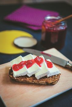 A lovely seasonal jam that will brighten up your breakfast table as the months get colder. Apple Pear, Fruits And Vegetables, Cheesecake, Healthy Eating, Tasty, Autumn, Cooking, Breakfast, Recipe Ideas