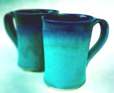 What gorgeous hand thrown coffee mugs!