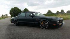 Best classic cars and more! Super Sport Cars, Super Cars, Jaguar Xjc, Badass, Austin Cars, Luxury Automotive, Jaguar Daimler, Automobile, Xjr