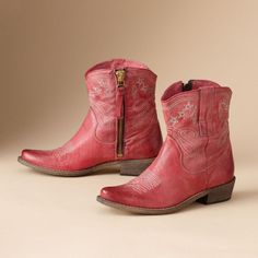 ANNIE BOOTS -- Modern cowgirls will kick up their heels for our… Short Cowgirl Boots, Short Boots, Cowboy Boots, Western Boots, Pink Boots, My Collection, Sock Shoes, Me Too Shoes, Footwear