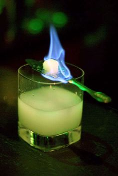 Green Fairy: Absinthe with special spoon, ice water, and a sugar cube all light up! Mixed Drinks, Fun Drinks, Yummy Drinks, Alcoholic Drinks, Beverages, Colorful Cocktails, Green Fairy Absinthe, Artemisia Absinthium, Pub
