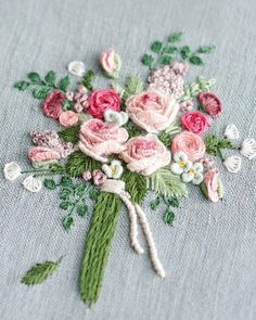 Wonderful Ribbon Embroidery Flowers by Hand Ideas. Enchanting Ribbon Embroidery Flowers by Hand Ideas. Embroidery Designs, Types Of Embroidery, Learn Embroidery, Silk Ribbon Embroidery, Crewel Embroidery, Embroidery Patterns, Embroidery Supplies, Bordado Floral, Brazilian Embroidery