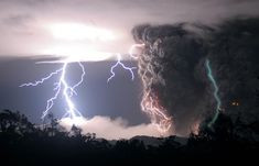 Green lightning may strike in most thunderstorms, but the phenomenon is visible only during volcanic eruptions, suggests one scientist.