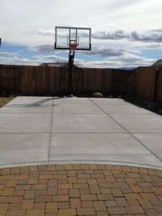 Antoinette's Pro Dunk Platinum Basketball System with Concrete Slab. This 2 year old Pro Dunk Platinum Basketball goal looks good as it did when it first arrived.