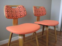Gorgeous chairs. How awesome would these be around a kitchen table??