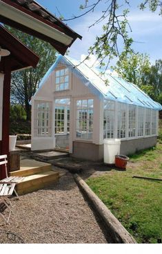 Lucky Julia with her new dream greenhouse. White Dreams: The greenhouse door Greenhouse Shed, Cheap Greenhouse, Greenhouse Gardening, Pallet Greenhouse, Homemade Greenhouse, Portable Greenhouse, Indoor Greenhouse, Greenhouse Wedding, Garden Buildings