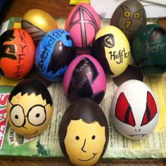 My Harry Potter themed Easter Eggs. Easter Crafts, Holiday Crafts, Crafts For Kids, Holiday Decor, Harry Potter Easter Eggs, Easter Egg Designs, Easter Ideas, Happy Easter Day, Dragon Egg