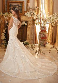 JAILEN 2017 brudekjole fra Panayotis