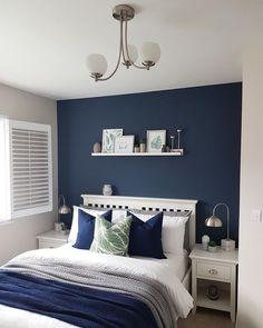 Best Small Guest Bedroom – My Life Spot Bedroom Colors, Home Decor Bedroom, Blue Master Bedroom, Navy Blue Bedrooms, Boys Bedroom Paint, Blue Bedroom Walls, Navy Walls, Small Apartment Bedrooms, Guest Bedrooms