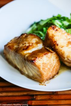 Deliciously Easy Miso Glazed Chilean Sea Bass © Jeanette's Healthy Living #healthyrecipe #fish #glutenfree #seafood #Asian #miso