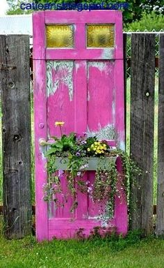 to Attract Hummingbirds: Make a Hummingbird Haven Repurpose old doors as backyard decor with paint & plastic planter boxes.Repurpose old doors as backyard decor with paint & plastic planter boxes. Salvaged Doors, Old Doors, Repurposed Doors, Repurposed Furniture, Refurbished Door, Vintage Furniture, Recycled Door, Rustic Doors, Antique Doors