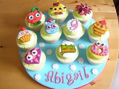Moshi Monsters Cupcakes by angelicakebysian, via Flickr