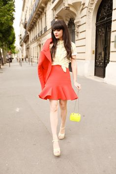 Jupe & veste / Skirt & jacket : Carven  Sac / Bag : Aila  Chemise / Shirt : It's Okay My Dear  Chaussures / Shoes : Red Valentino
